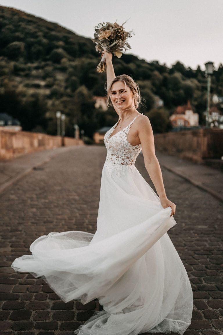Soaghetti Träger Hochzeitskleid in Ivory mit schöner Spitze