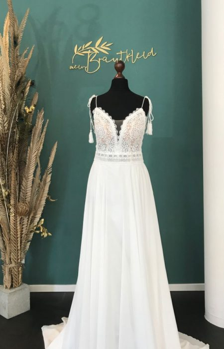 A-Linie Hochzeitskleid in ivory new collection