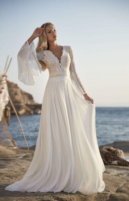 Boho Hochzeitskleid mit Trompetenärmel und schöner Spitze