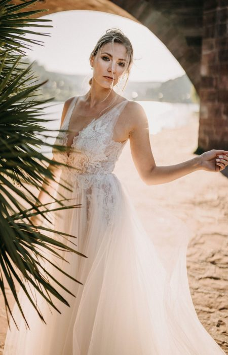 Bridal Dress in ivory lace