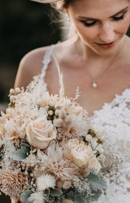 Ob vintage, boho, urban oder chic wir haben alle Hochzeitskleider für jede Braut auch Zweiteiler